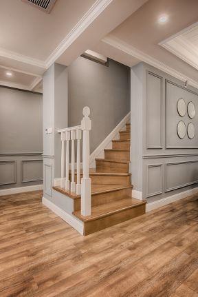 美式风格楼梯装修效果图 美式风格楼梯装修